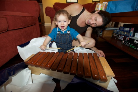 Oliver's birthday gift from Mommy and Daddy: a real xylophone!